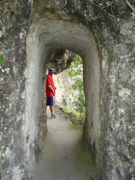 kweebani cave